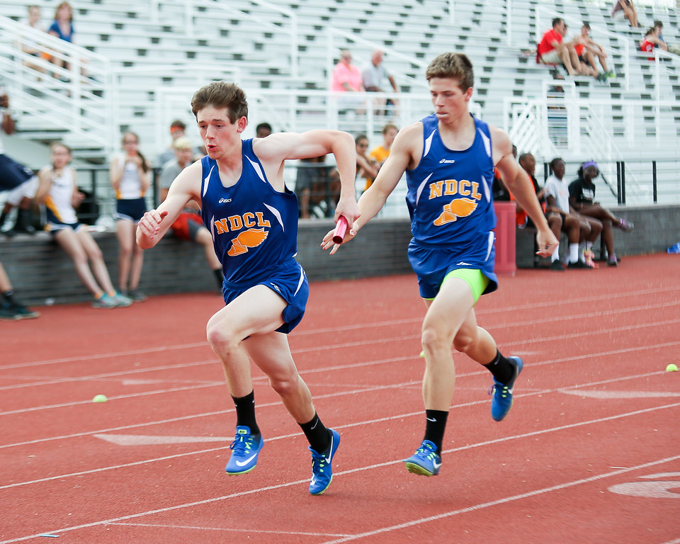 . Coleen Moskowitz - The News-Herald The NDCL 4x200 relay.