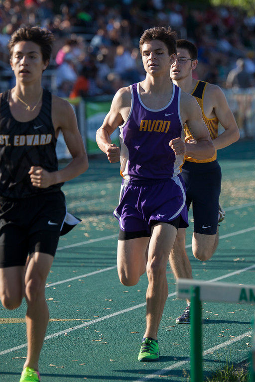 . Jen Forbus - The Morning Journal<br> Jack Reed of Avon keeps with the pack in the boys 1600 on May 25.
