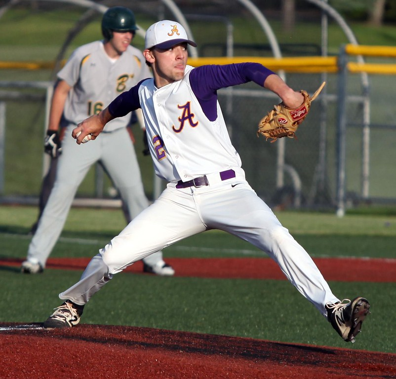 . Randy Meyers - The Morning Journal<br> Avon\'s Matt Kelly pitches in relief against Medina during a Division I Bowling Green/Parma Region semifinal on May 26.