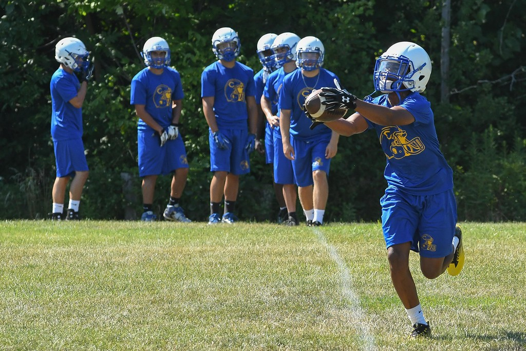 . Eric Bonzar�The Morning Journal<br> Clearview Clippers kicked off their first day of practice, under Head Coach Mike Collier, July 31, 2017.