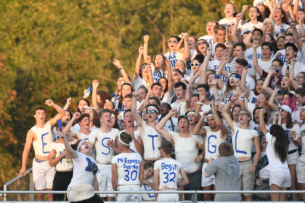 . Eric Bonzar�The Morning Journal<br> The Midview student section cheers on the Middies, Sept. 22, 2017.