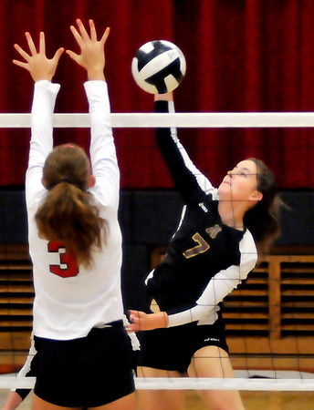John P. Cleary | The Herald Bulletin<br /> Alexandria vs Frankton volleyball.