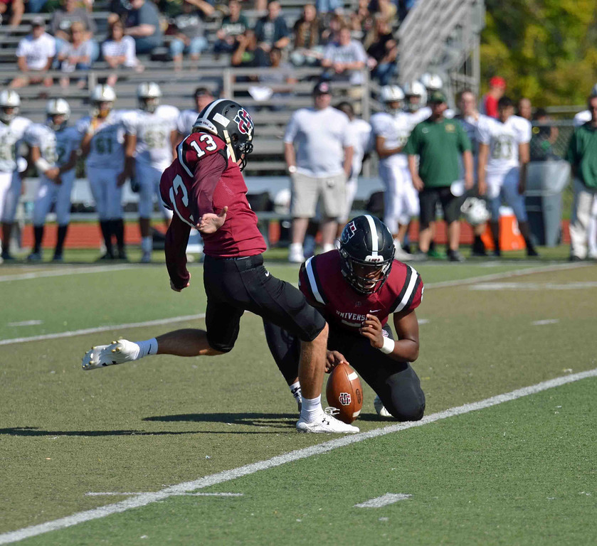 . Paul DiCicco - The News-Herald University kicker, Adam Alt, connecting on a 35-yard field goal in the second quarter against Lakeside on Oct 14.