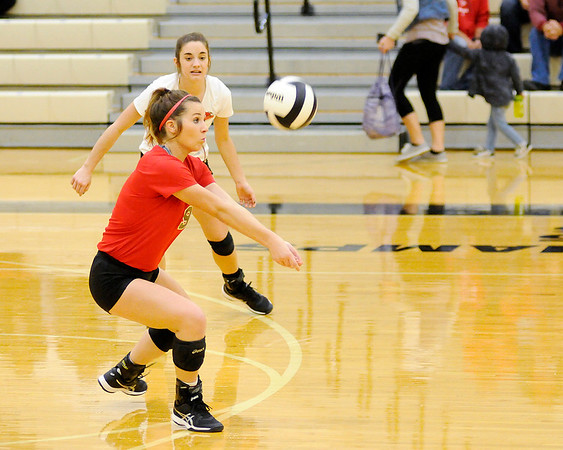 Don Knight   The Herald Bulletin<br /> Frankton faced Alexandria in the sectional final at Lapel on Saturday.