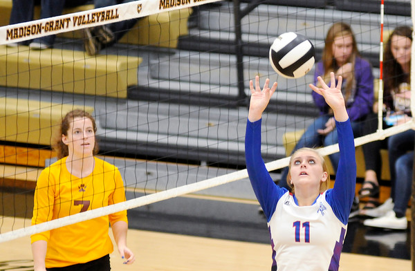 Don Knight | The Herald Bulletin<br /> Alexandria faced Elwood in the sectional final at Madison-Grant on Saturday.