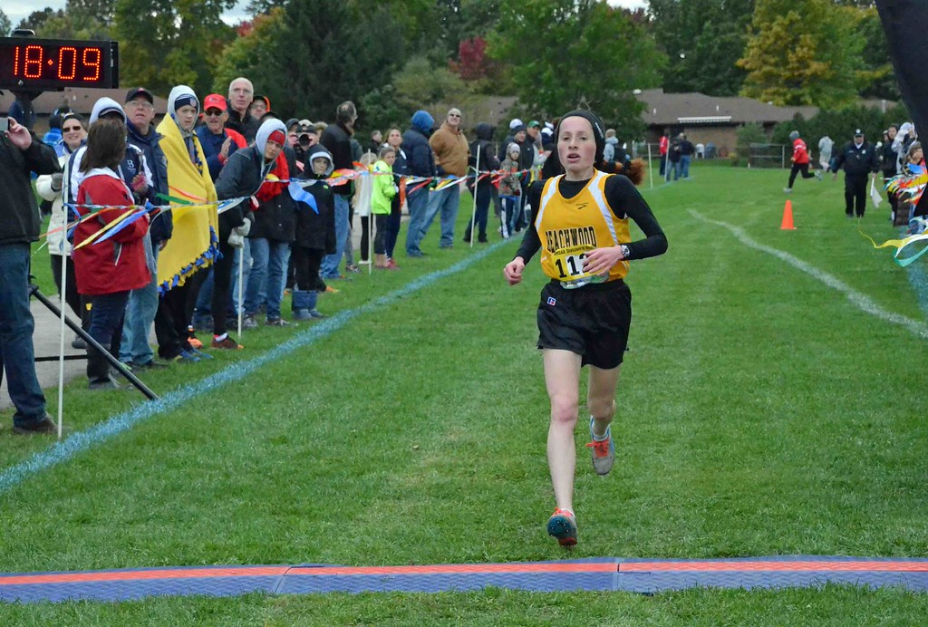 . Paul DiCicco - The News-Herald  1st Place finish in Division I, Leah Roter, Beachwood