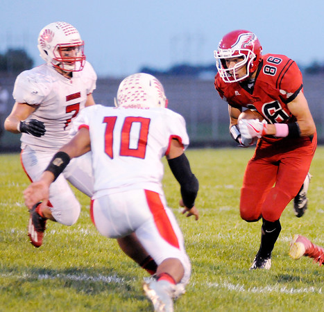 Don Knight | The Herald Bulletin<br /> Frankton's Maurice Knight runs downfield after making a catch as the Eagles hosted the Mississinewa Indians on Friday.