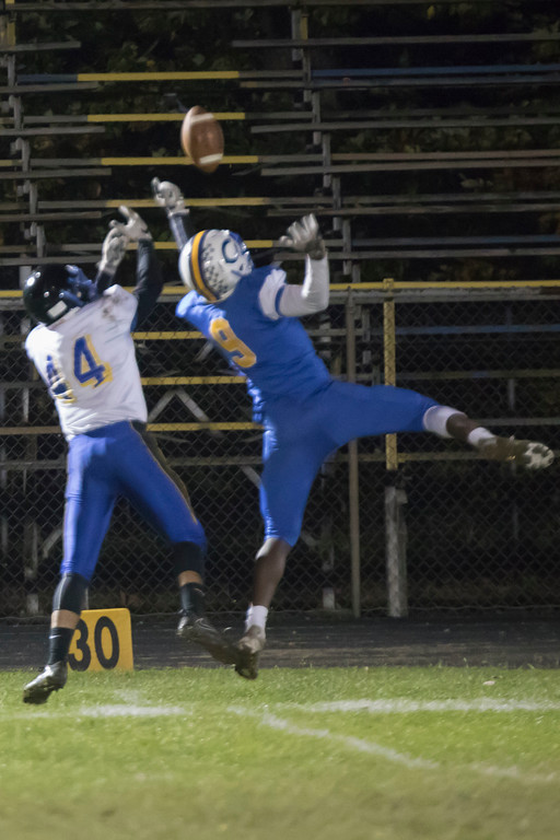 . Jen Forbus - The Morning Journal<br> Clearview defensive back Jaylen Paschel (9) breaks up a pass intended for Brooklyn wide receiver Yamil Rivera on Oct. 27.