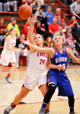 Don Knight    The Herald Bulletin<br /> Frankton hosted Elwood on Saturday.