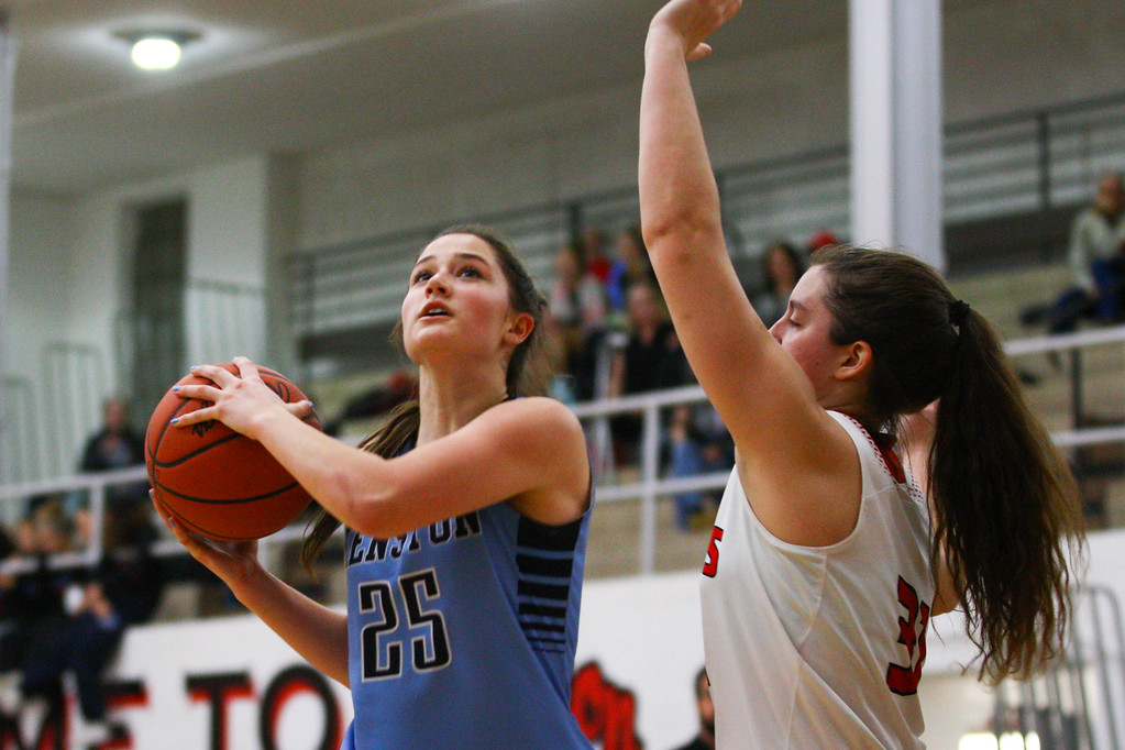 . David Turben - The News-Herald 2017 - Basketball - Kenston at Chardon.  Kenston defeated Chardon 62-53.  Kenston\'s Rachel Apshago (25) goes in for a layup.