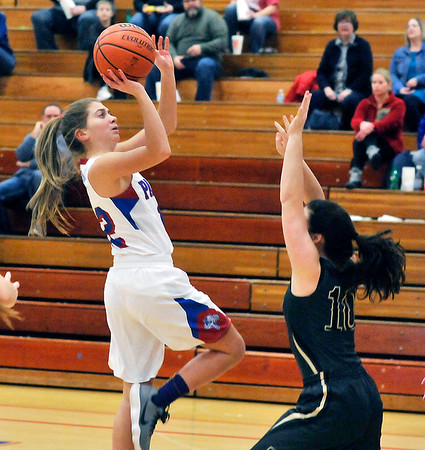 John P. Cleary |  The Herald Bulletin<br /> Elwood's Brookelyn Creamer pulls up for two of her 22 points.