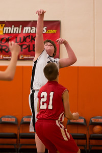 14 01 30 Tow 7th & 8th Gr BB v Griffins-020