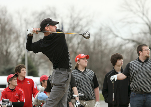 Clarksville golfer Nick Capolla on the first tee at Wooded View. Staff photo by C.E. Branham