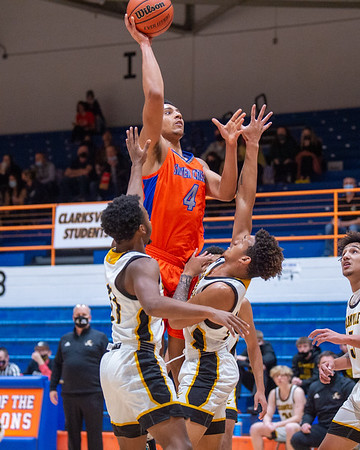 Silver Creek senior Trey Kaufman-Renn rises for a shot during the Dragons' 95-49 victory over Clarksville in the 60th Annual Holiday Tournament championship game held at Silver Creek on Wednesday. Photo by Joe Ullrich