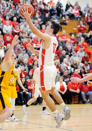 Don Knight   The Herald Bulletin<br /> Frankton faced Monroe Central in the first round of the 2A sectional hosted by Elwood on Tuesday.