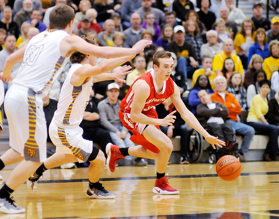 Don Knight   The Herald Bulletin<br /> Sectional semi-final at Lapel on Friday.