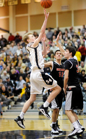 Don Knight   The Herald Bulletin<br /> Lapel sectional semi-final on Friday.