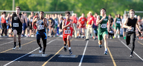 John P. Cleary   The Herald Bulletin<br /> Boys High School Track Sectional at Mt. Vernon High School.
