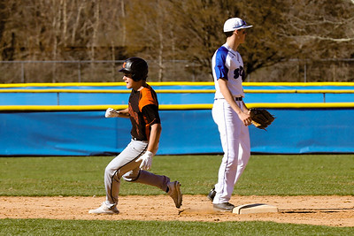 19 04 09 Towanda  vs S Williamsport VBB-14