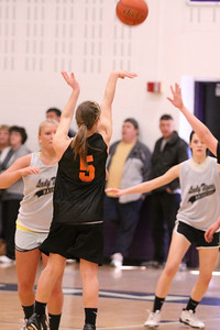 10 03 27 28 7&8 Gr Girls Basketball-038