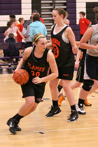10 03 27 28 7&8 Gr Girls Basketball-070
