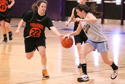 10 03 27 28 7&8 Gr Girls Basketball-088
