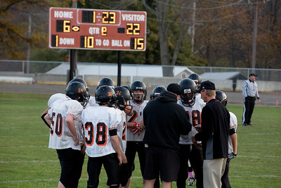 13 10 30 Tow v Troy 7-8 th Grade FB-001