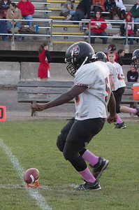 13 10 30 Tow v Troy 7-8 th Grade FB-003