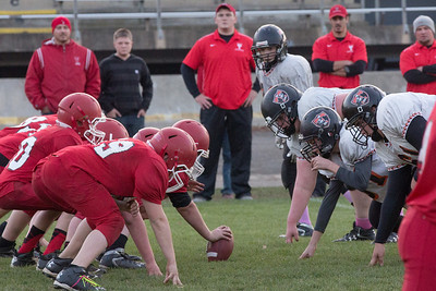 13 10 30 Tow v Troy 7-8 th Grade FB-008