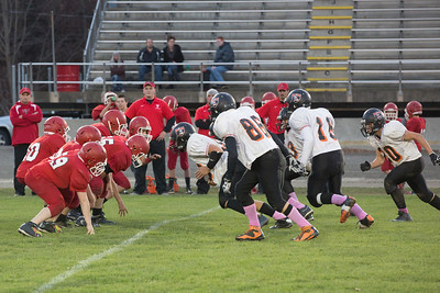 13 10 30 Tow v Troy 7-8 th Grade FB-037