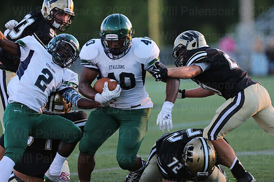 South County RB Demarcus Ramsey #40 led all rushers with 56 yards.