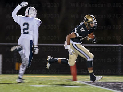 Rehman Johnsons TD crosses the goal line with his 34 yard TD pass