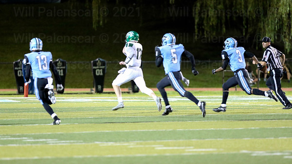 South County QB Michael Tull #17 runs for a 64 yard touchdown in his teams 31-27 loss to Centreville