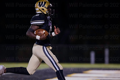 Euegen Asante scores the first of his two rushing TD's in Westfields win over Patriot 46-33.