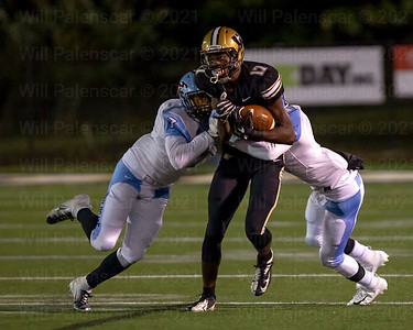 Bizzet Woodley #17 caught 5 passes for 81 yards and a TD in win over Centreville.