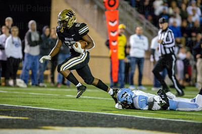 Westfield RB Isaiah Daniels #23 runs in from 21 yards out to put Westfield on the scoreboard  in game with Centreville