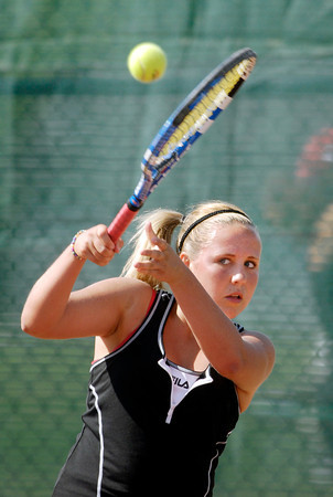 Frankton's #1 singles player Alexys Rastetter plays her backhand.