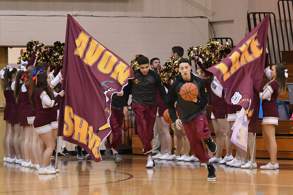 . Eric Bonzar�The Morning Journal Avon Lake hosted the Olmsted Falls Bulldogs in Southwestern Conference play, Jan. 13, 2017. The Shoremen knocked off the Bulldogs, 56-44.