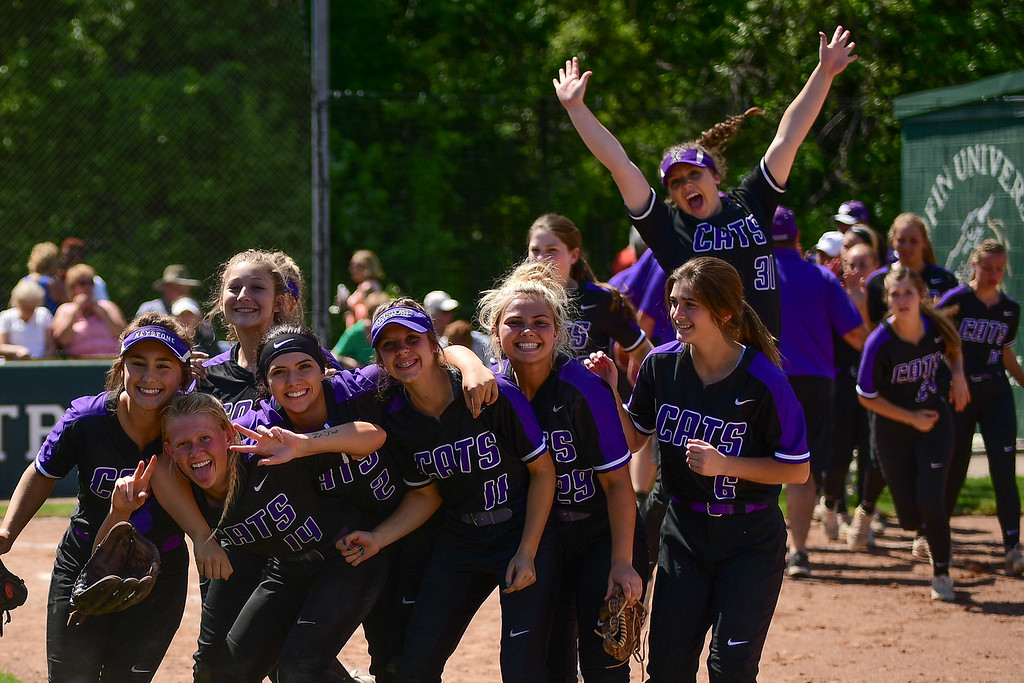 . Eric Bonzar�The Morning Journal<br> The Keystone Wildcats celebrate their 4-1 win over the Oak Harbor Rockets, May 24, 2018.