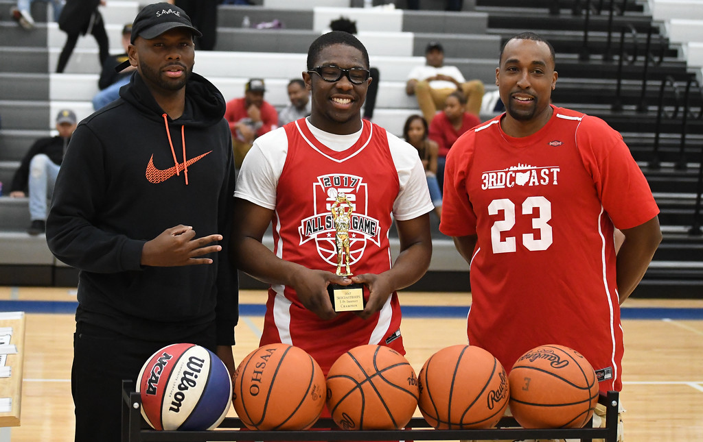 . Eric Bonzar�The Morning Journal Elyria\'s Antonio Blanton edged out Elyria Catholic\'s Dorian Crutcher to take home the 3rd Coast Hoops 2017 3-point contest championship, April 15, 2017.