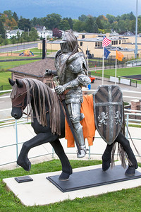Towanda Knight statue-007