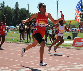 Melanise Chapman wins 4X100 Invitational at Mt. Sac 2009