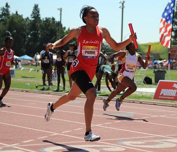 Melanise Chapman wins 4X100 Invitational at Mt. Sac 2009