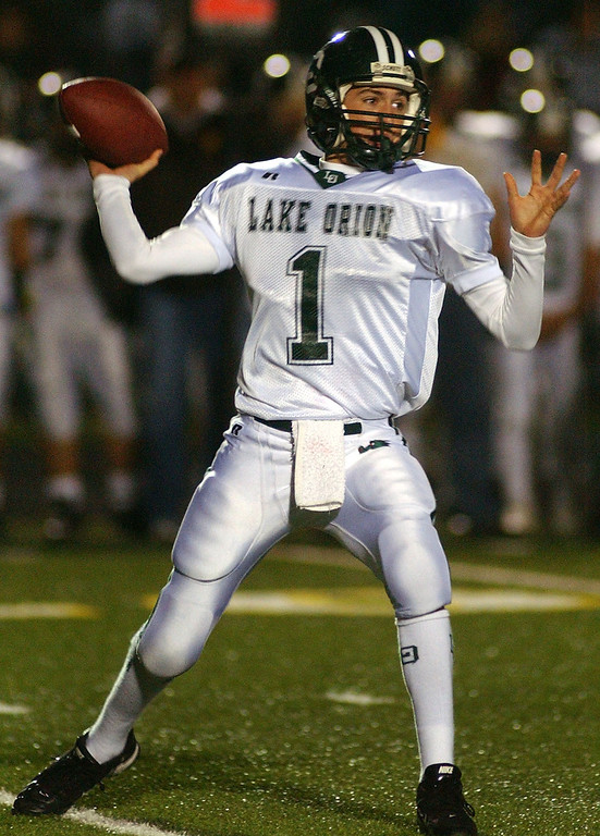 . Lake Orion High School football quarterback Sean Charette prepares to pass against Rochester Adams during second quarter action, Friday, October 17, 2008, in a game played at Rochester Adams HS in Rochester Hills, Mich.  (The Oakland Press/Jose Juarez)