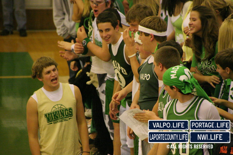 VHS_Boys_Varsity_Basketball_vs_Hobart (16)