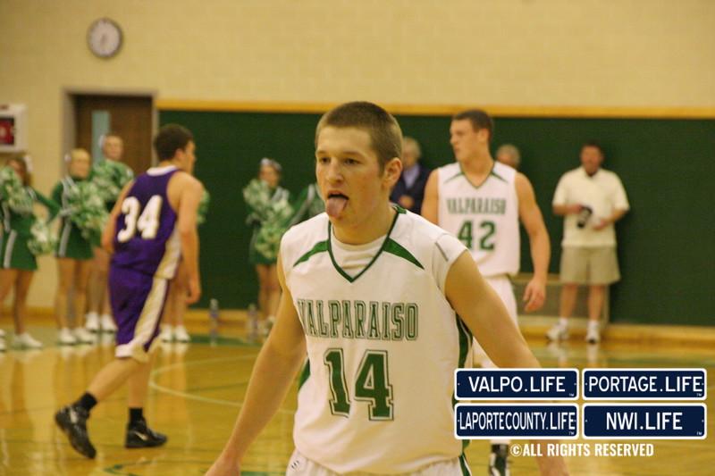 VHS_Boys_Varsity_Basketball_vs_Hobart (24)