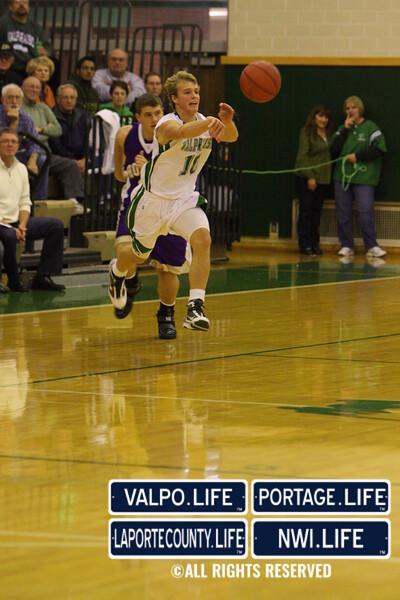 VHS_Boys_Varsity_Basketball_vs_Hobart (67)