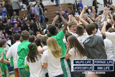 vhs-bball-2011-sectional-champ-celebrate (82)