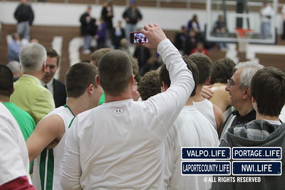 vhs-bball-2011-sectional-champ-celebrate (87)