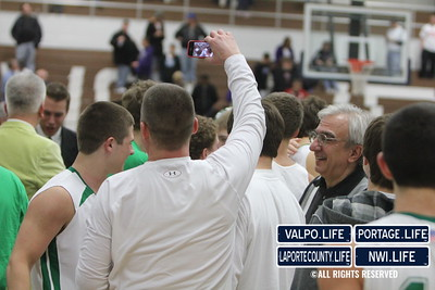 vhs-bball-2011-sectional-champ-celebrate (88)